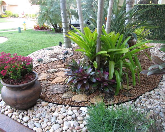 Front Yard Landscaping With Rocks 10