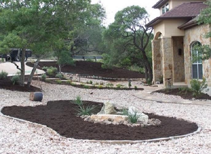 Front Yard Landscaping With Rocks 38