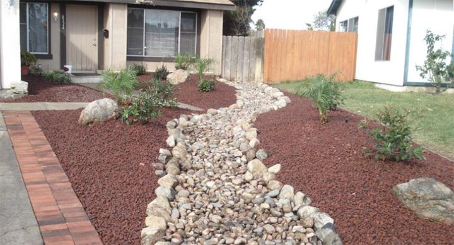 Front Yard Landscaping With Rocks 8