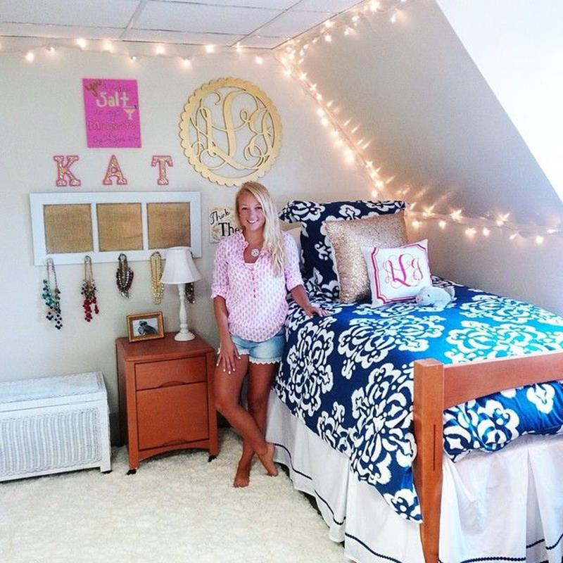 College Dorm Wall Decor For Girl 12
