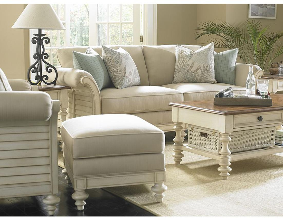 Contemporary Furniture Ideas For Your Sweet Living Room 24