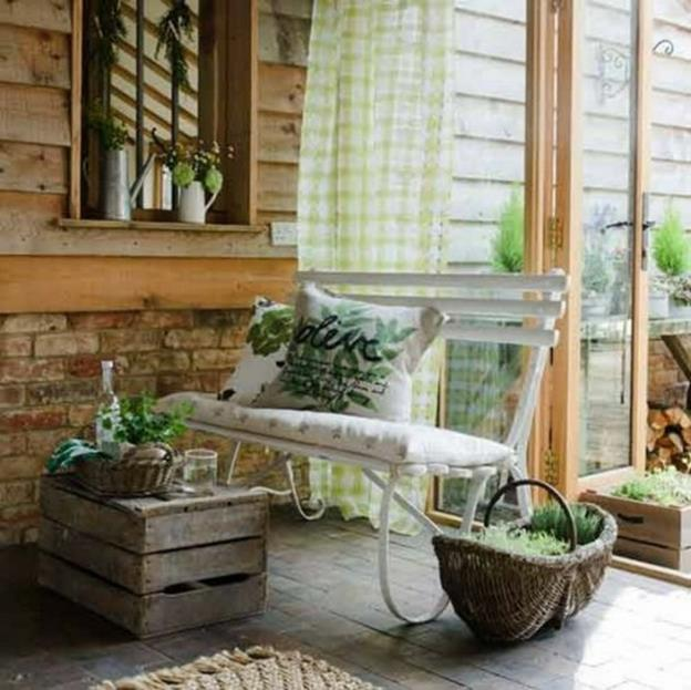 Country Front Porch Spring Decorating Ideas 32