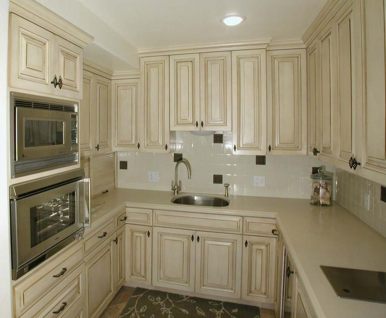 Country Style Kitchen Cabinets Design Ideas 6
