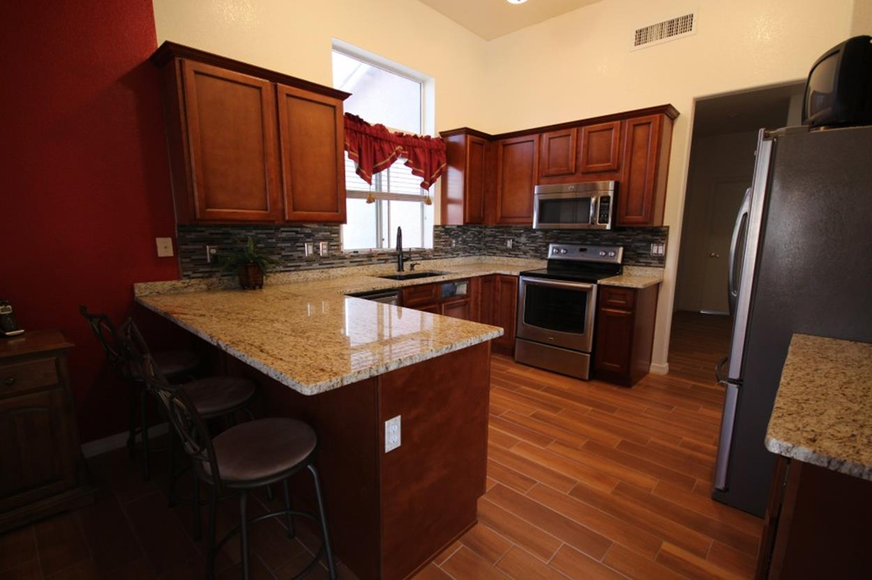 Kitchen Cabinets And Flooring Combinations 16