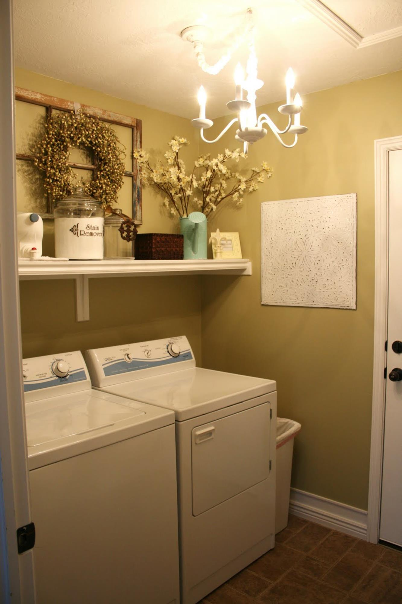 37 Charming Laundry Room Decorating Ideas Wall Art - DecoRelated