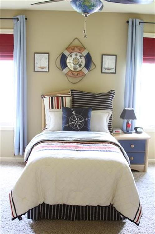 Nautical Themed Bedroom Design and Decor Ideas 14