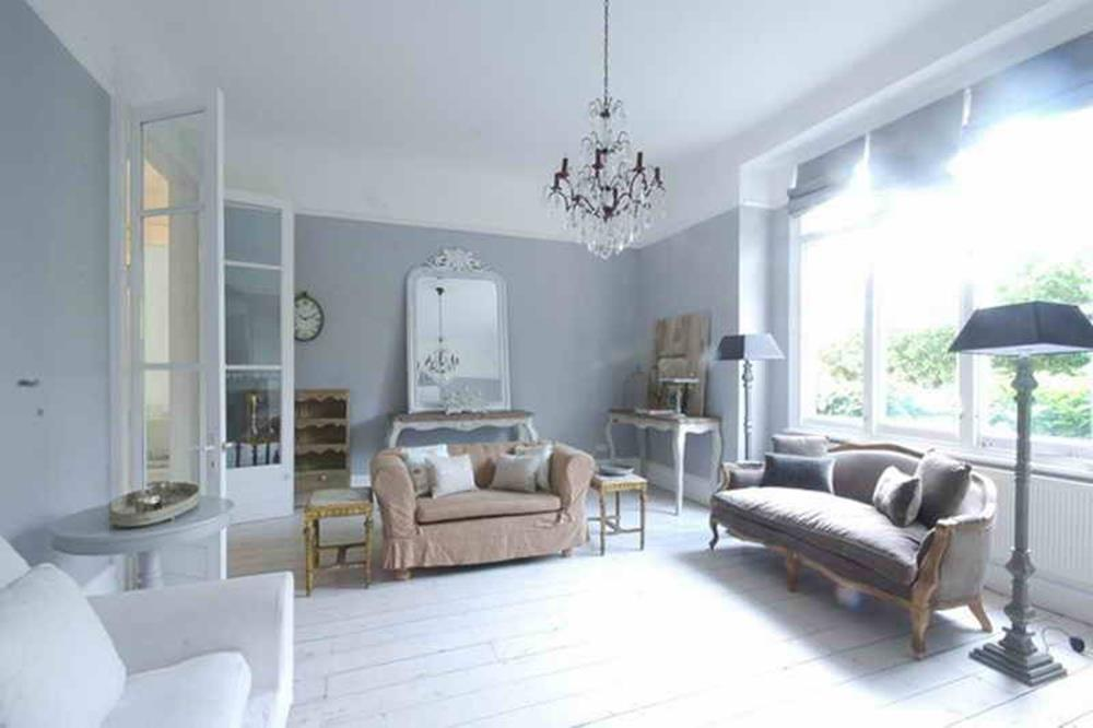 Shabby Chic Living Room Decorating on A Budget 12