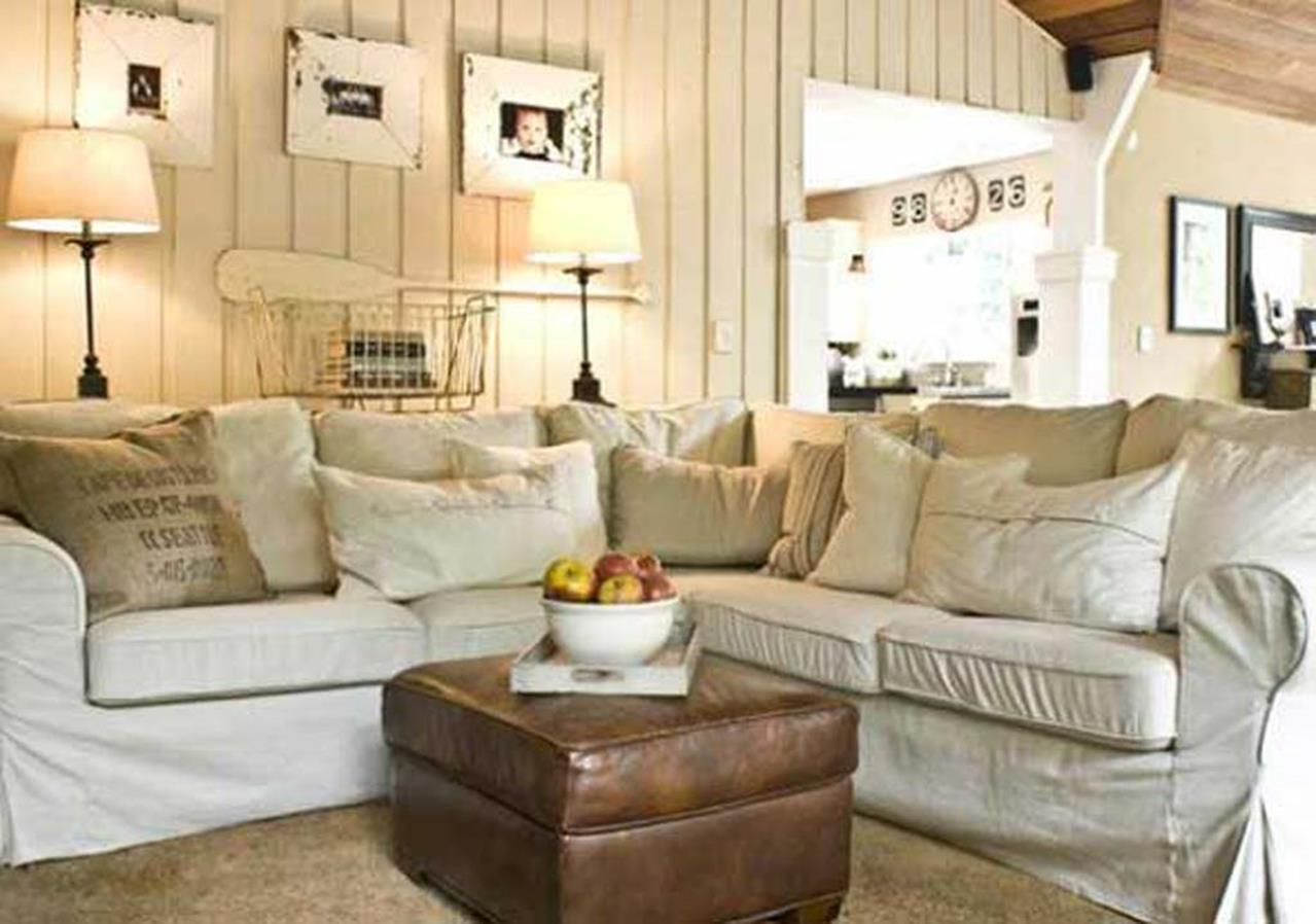 Shabby Chic Living Room Decorating on A Budget 28