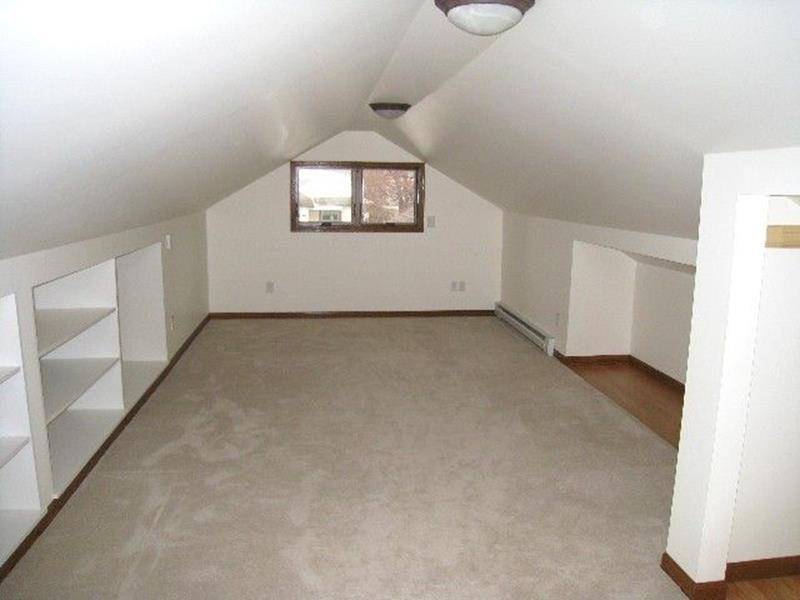 Attic Makeovers Ideas On a Budget 19