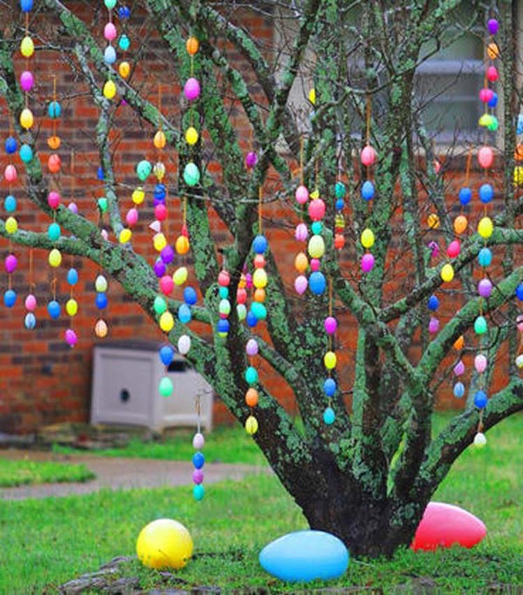 Cute Wooden Easter Decorations for the Outside 18