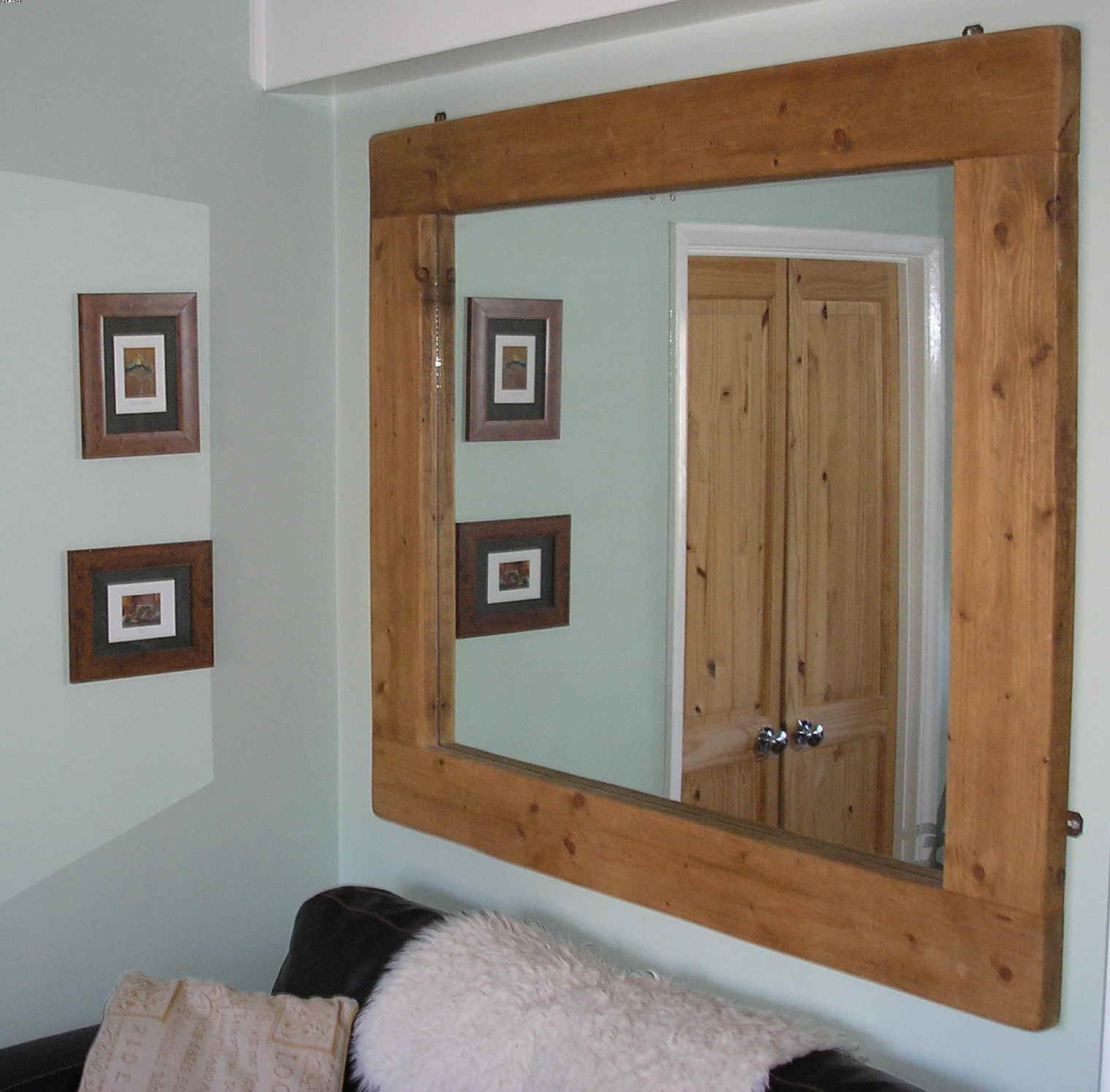 Wooden Picture Frame Decorating Ideas 29
