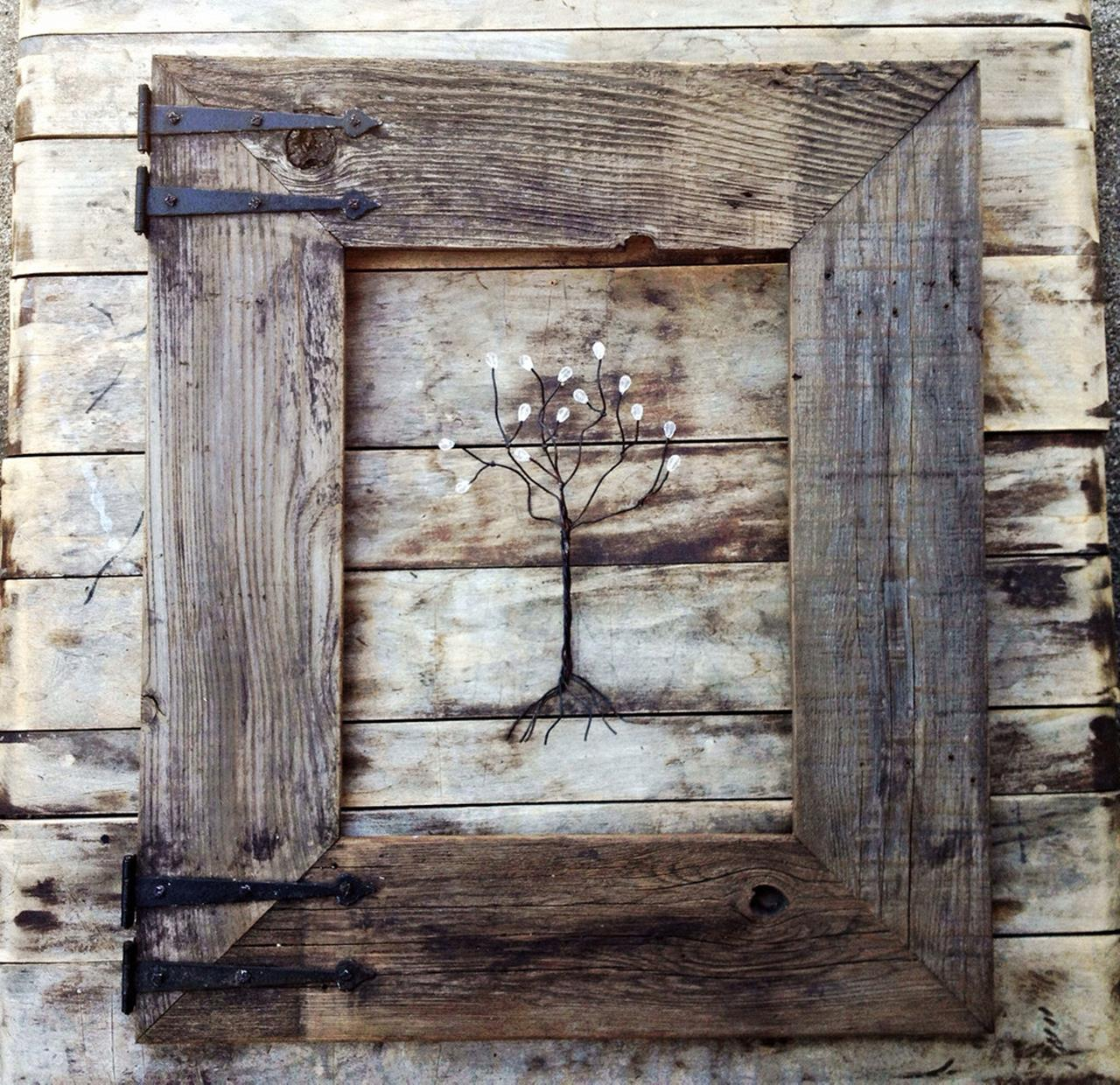 Wooden Picture Frame Decorating Ideas 6