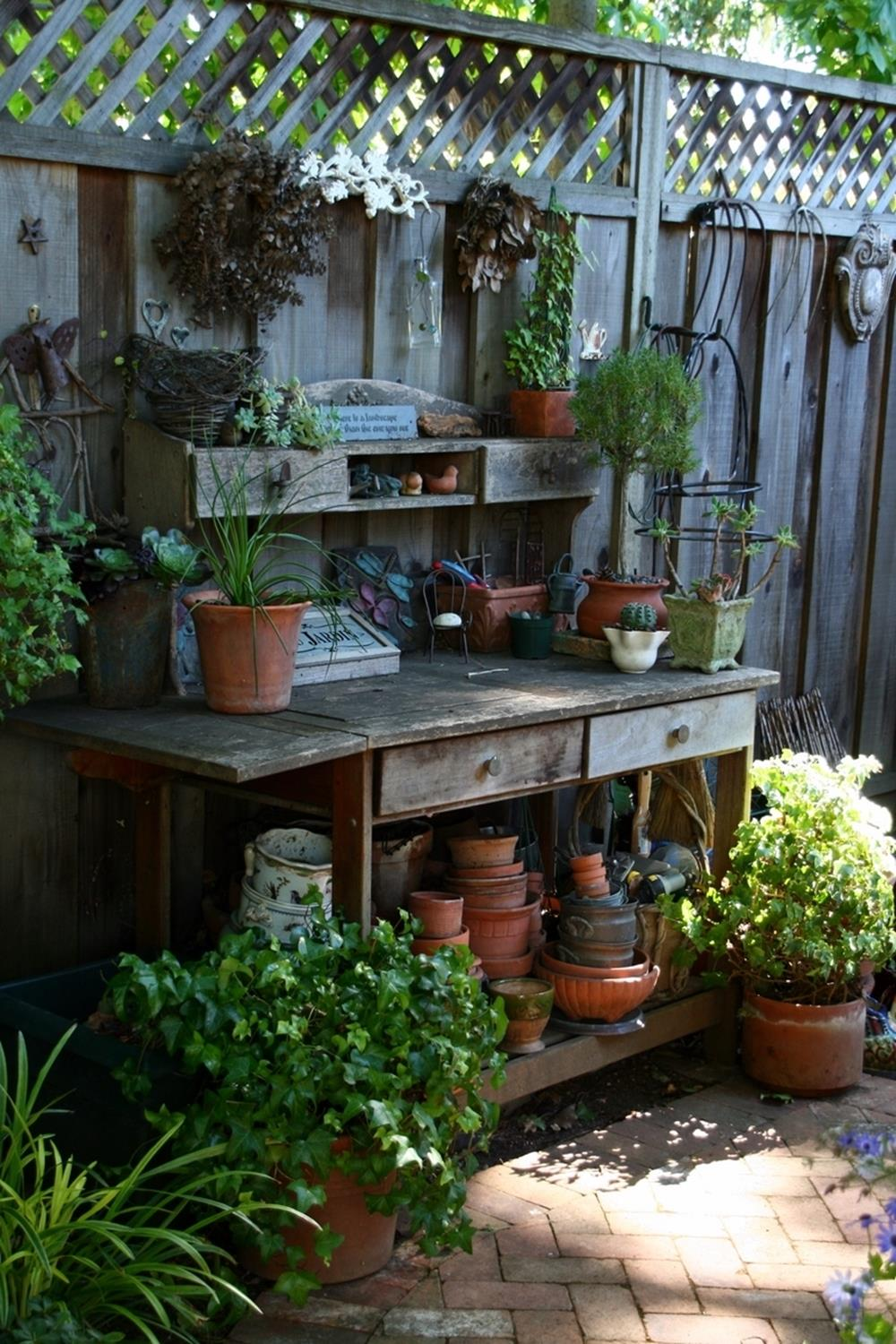 Perfect Small Outdoor Spaces Design Ideas 15