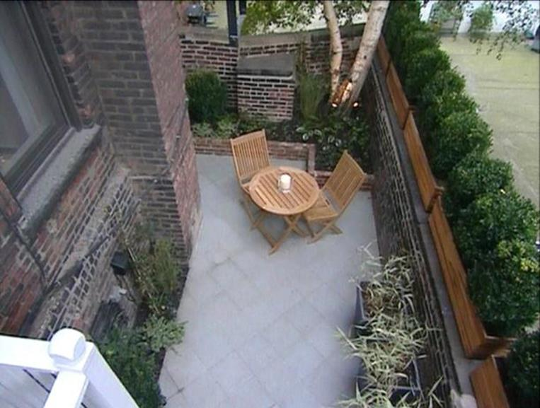 Perfect Small Outdoor Spaces Design Ideas 27