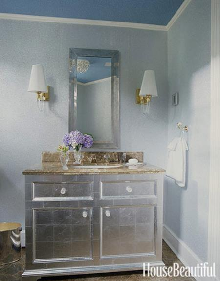 Stunning Gray Bathrooms with Accent Color Ideas 15