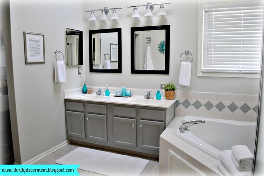 Stunning Gray Bathrooms with Accent Color Ideas 9