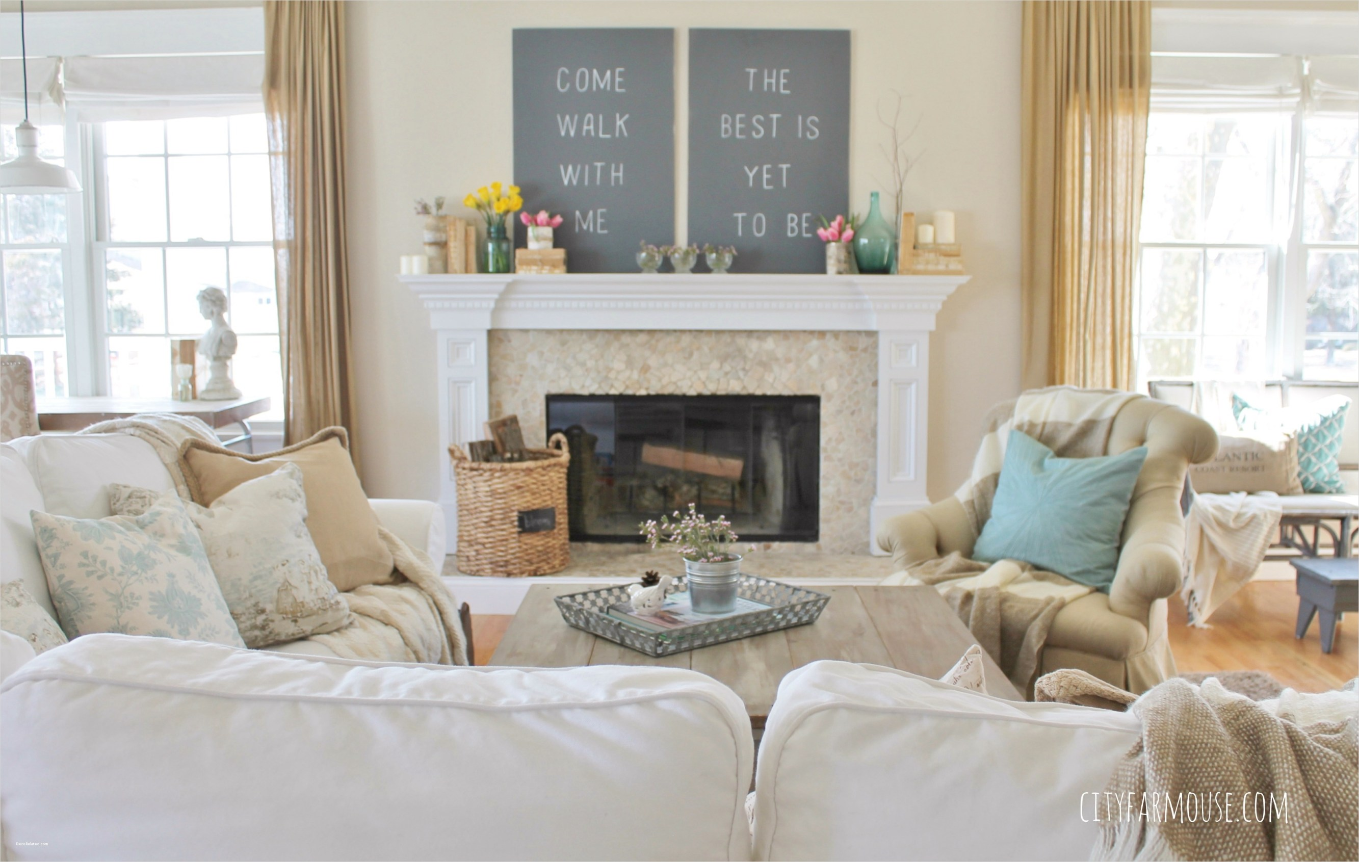 Spring Floral Bedroom Decor 19 Seasons Home Easy Decorating Ideas for Spring City Farmhouse 7