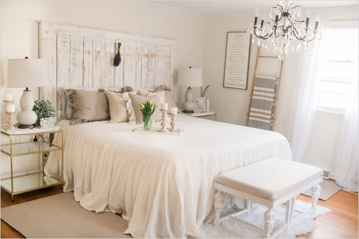 43 Stunning Country Farmhouse Bedroom Ideas 52 French Country Farmhouse Decor Our Bedroom Lynzy & Co 3