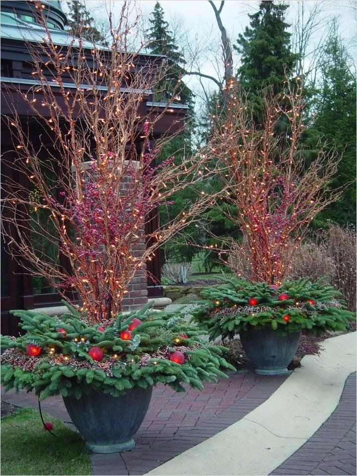 42 Beautiful Christmas Outdoor Pot Decorations Ideas 39 1045 Best Images About Christmas & Winter Pots On Pinterest 3