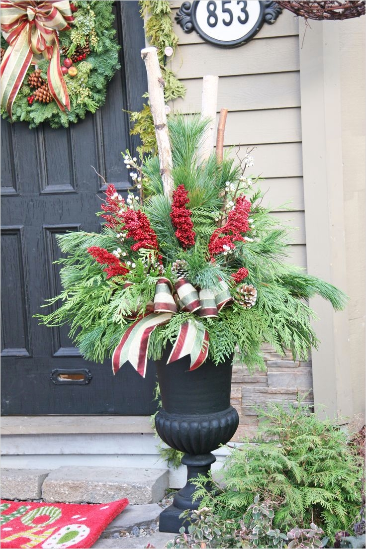 42 Beautiful Christmas Outdoor Pot Decorations Ideas 75 Best 25 Outdoor Christmas Planters Ideas On Pinterest 6