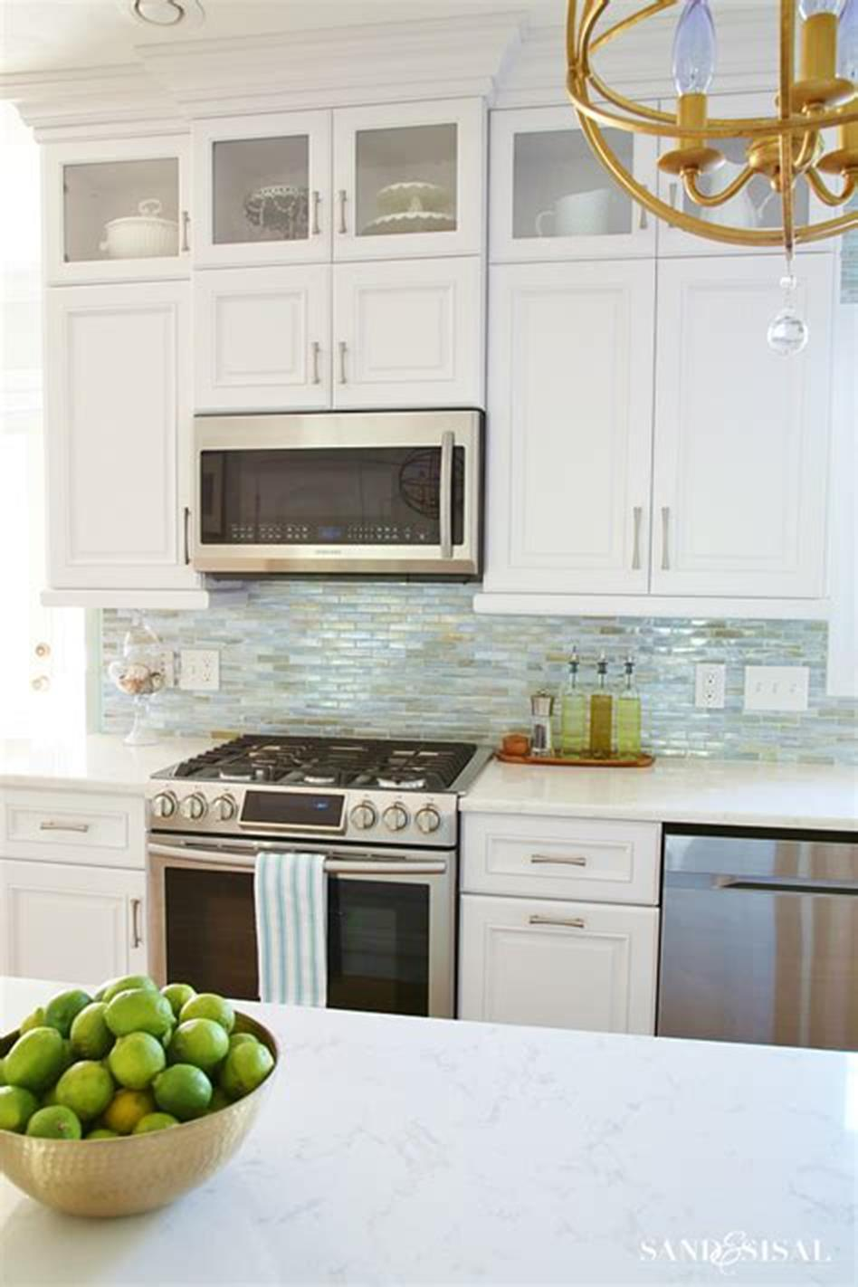 Decorating a small home might seem like a bit of a challenge at first. 47 Amazing Coastal Kitchen Decor and Design Ideas 8