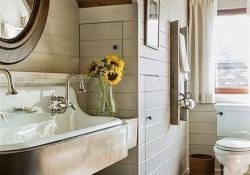 47 Best Farmhouse Master Bathroom Design and Decor Ideas for 2019 14