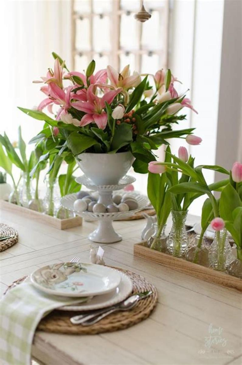 40 Beautiful DIY Easter Table Decorating Ideas for Spring 2019 10