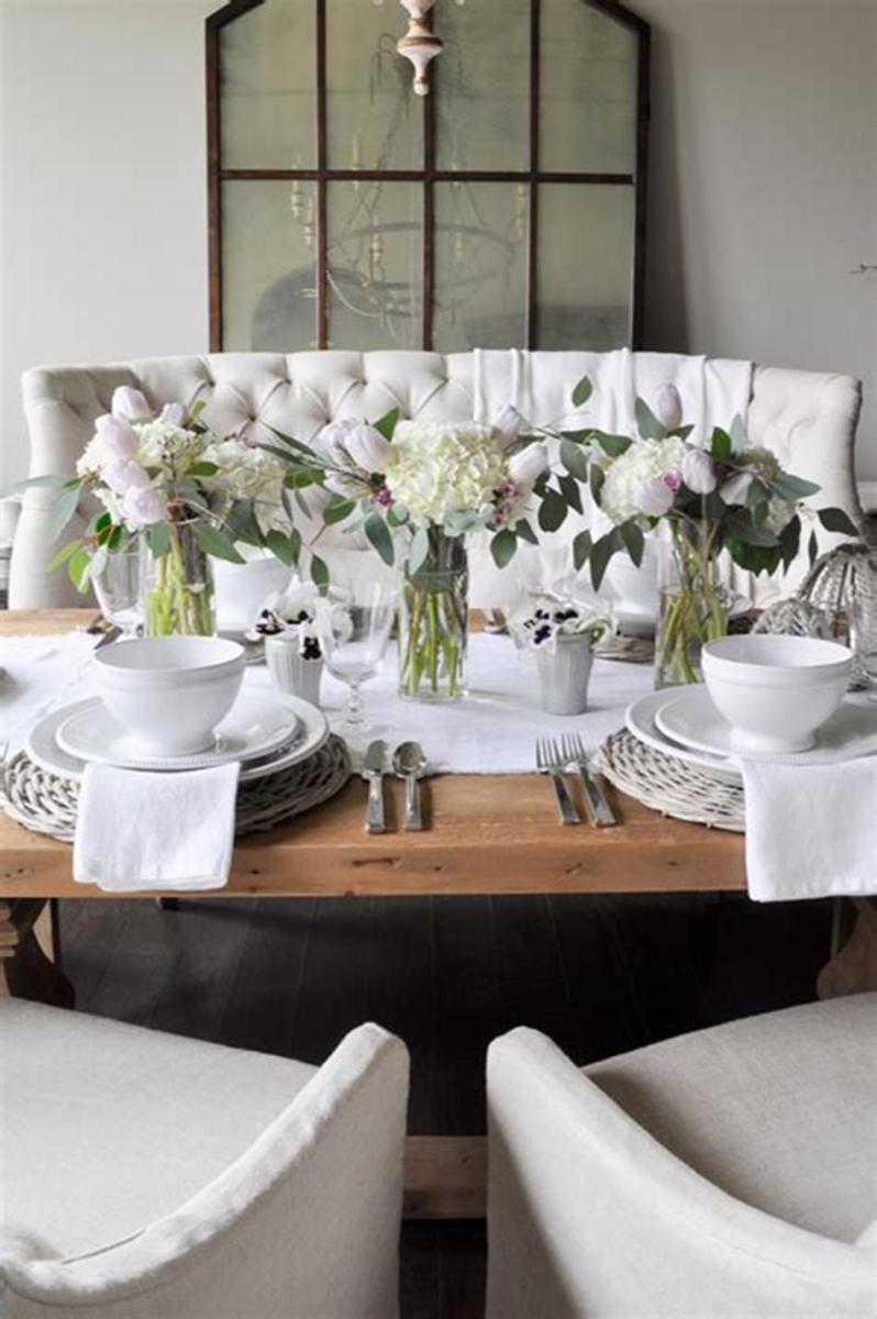 40 Beautiful DIY Easter Table Decorating Ideas for Spring 2019 26