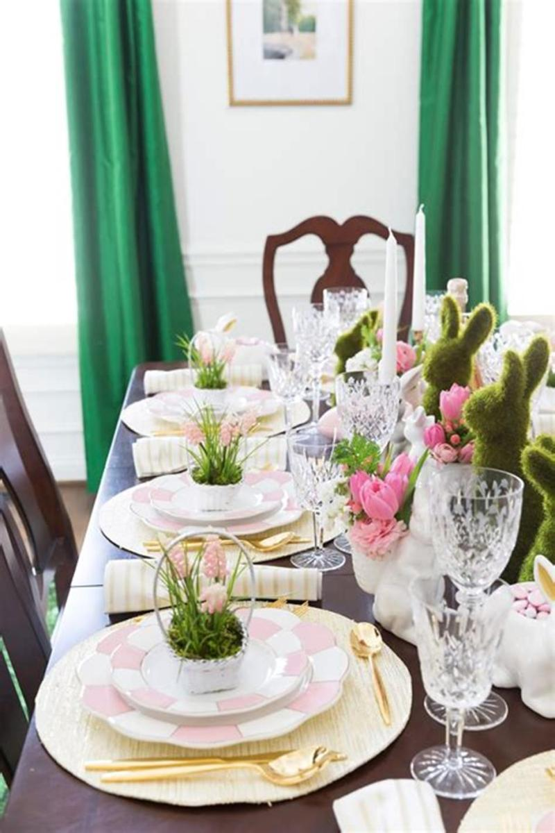 40 Beautiful DIY Easter Table Decorating Ideas for Spring 2019 32