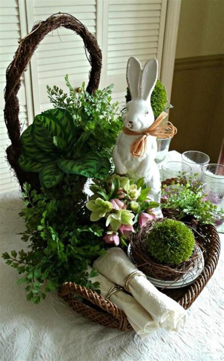 40 Beautiful DIY Easter Table Decorating Ideas for Spring 2019 4
