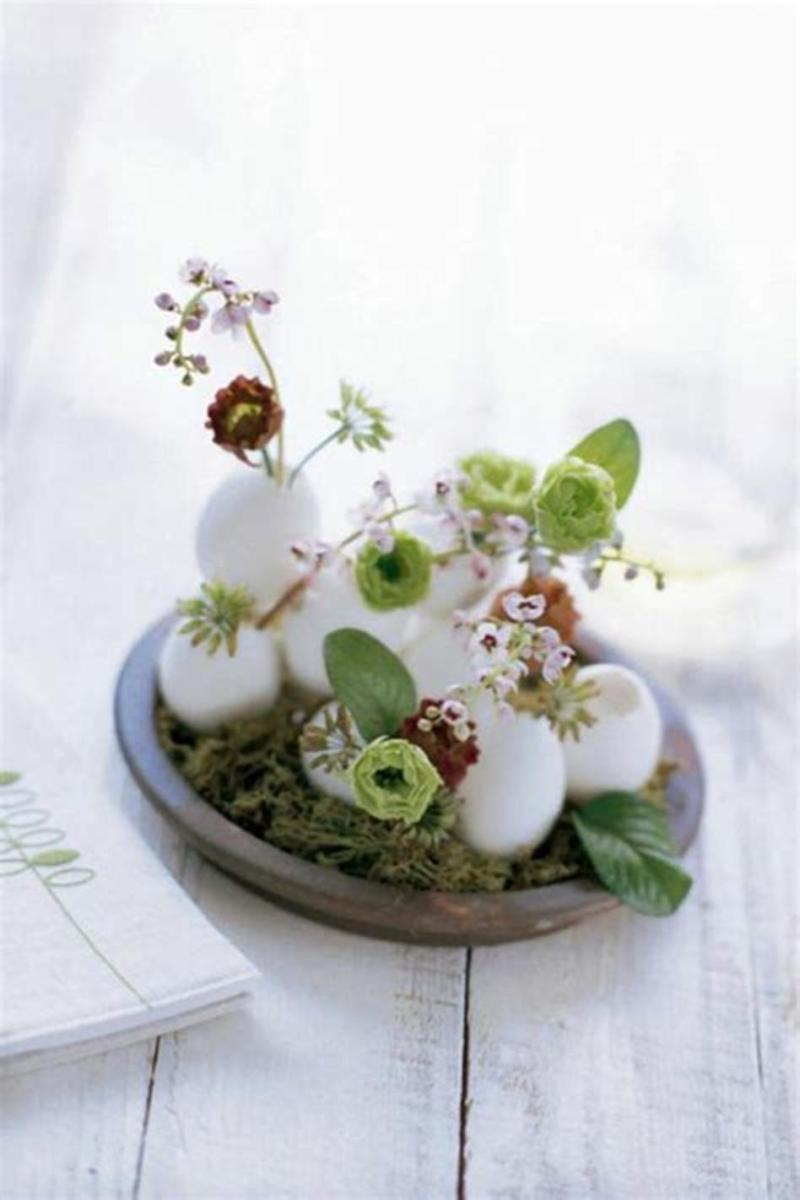 40 Beautiful DIY Easter Table Decorating Ideas for Spring 2019 48