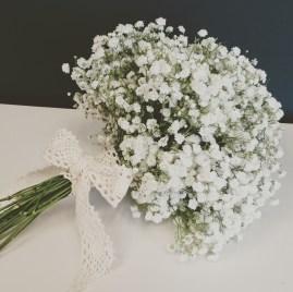 Bouquet de la mariée 100% gypsophile et dentelle
