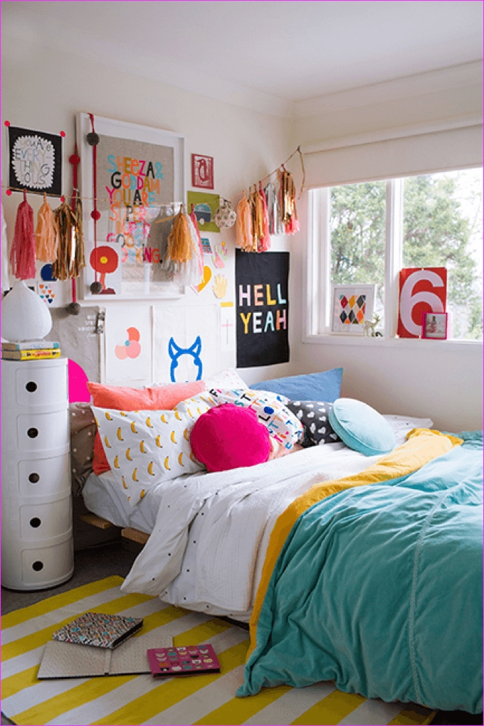 Cute Mix Color Bedrooms for Teenage Girls 46 23 Stylish Teen Girl's Bedroom Ideas Homelovr 6