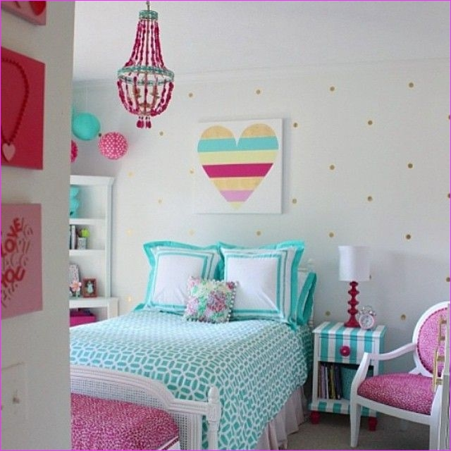 Cute Mix Color Bedrooms for Teenage Girls 27 How Cute is This Room From thecreativityexchange Love the Magenta and Pool Color Scheme 3