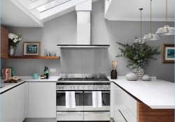 Kitchen with Skylights 84 25 Captivating Ideas for Kitchens with Skylights 2