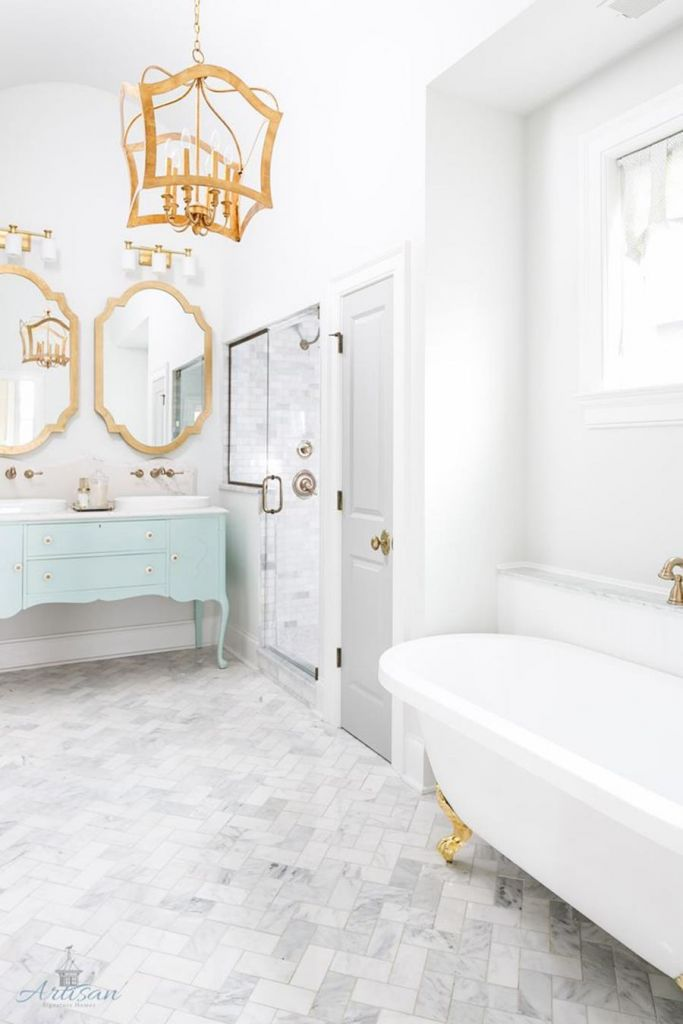 Beautiful Gold and White Bathroom 15