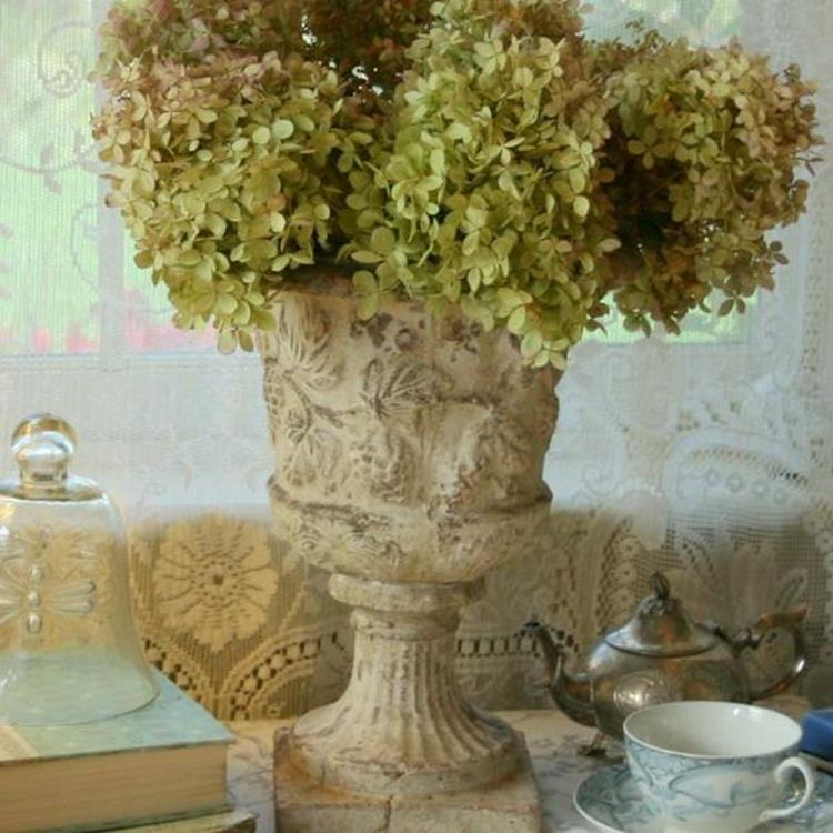 Shabby Chic Garden Decor 83