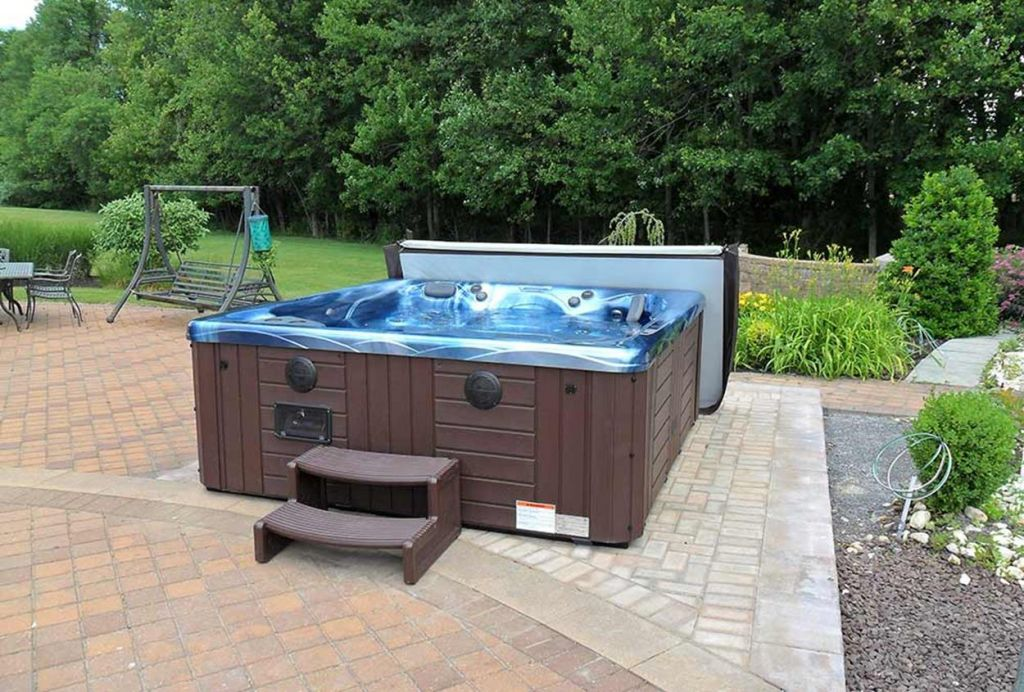 Small Backyard Ideas with Hot Tub 24