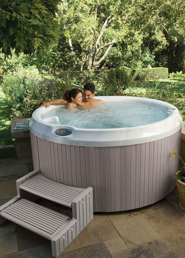 Small Backyard Ideas with Hot Tub 6