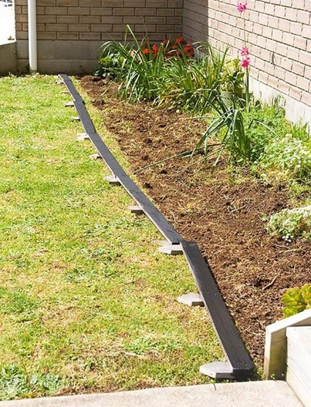 Wood Lawn Edging Ideas 19