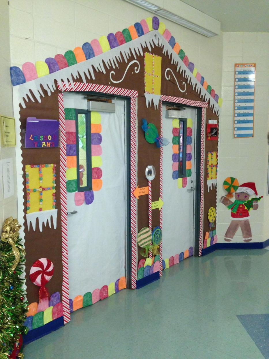 Christmas Door Decorating Contest Winners 17