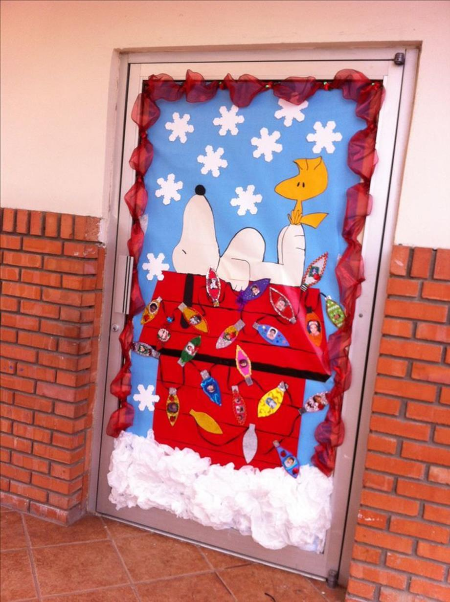 Christmas Door Decorating Contest Winners 18