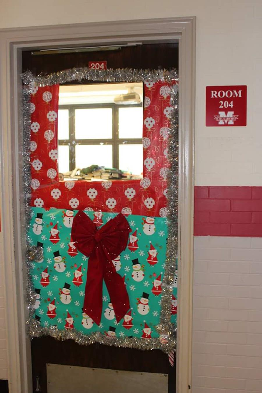 Christmas Door Decorating Contest Winners 21
