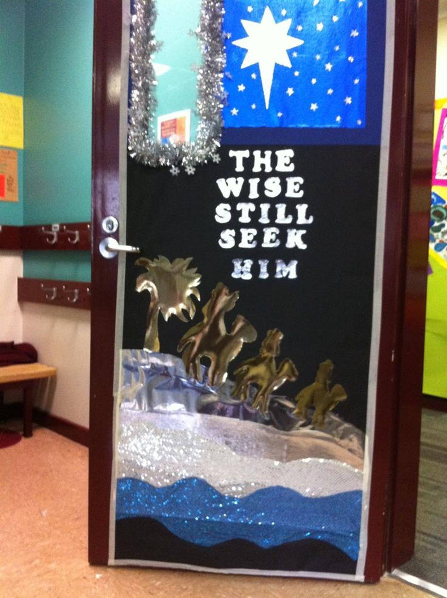 Christmas Door Decorating Contest Winners 24