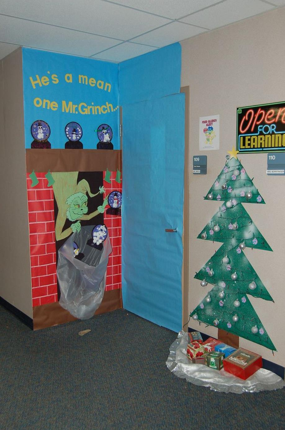 Christmas Door Decorating Contest Winners 3