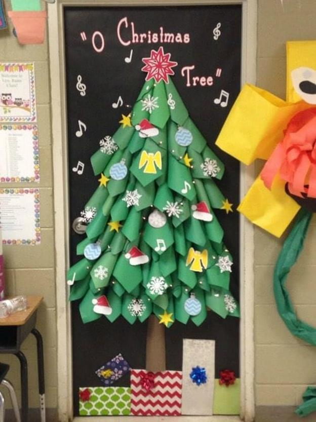 Christmas Door Decorating Contest Winners 31