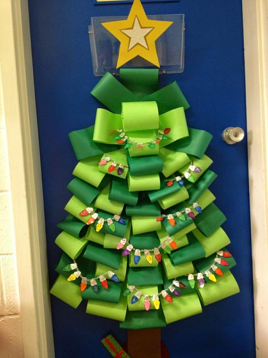 Christmas Door Decorating Contest Winners 38