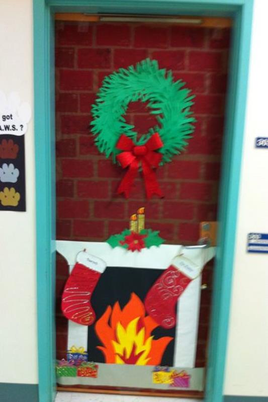 Christmas Door Decorating Contest Winners 7