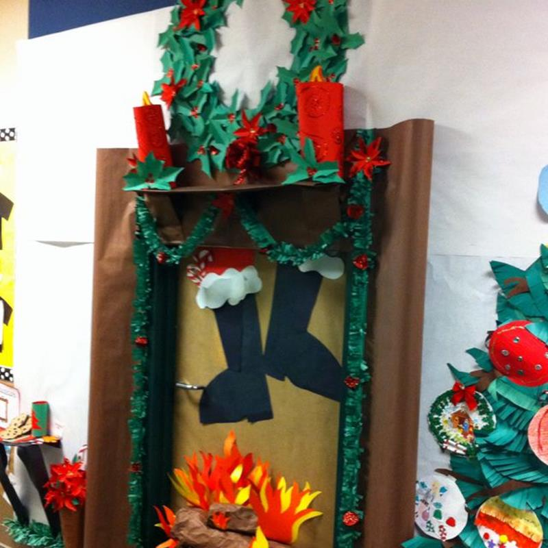 Christmas Door Decorating Contest Winners 9