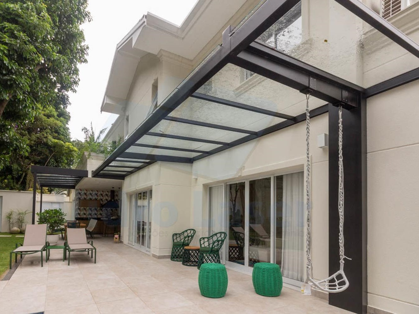 Cozy and Gorgeous Patio Roof with Pergola Glass 40
